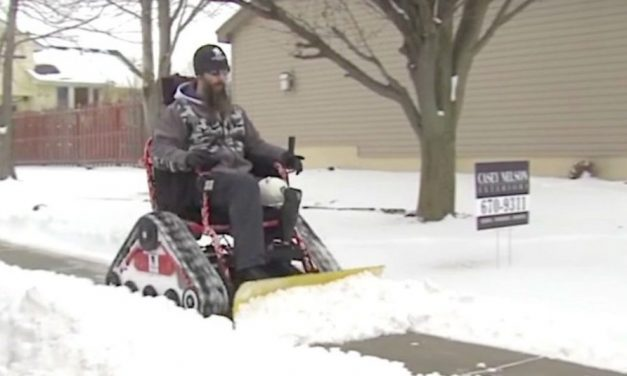 Wounded War Vet Plows Snow in His Nebraska Neighborhood With a Modified Wheelchair